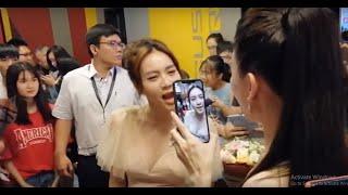 Hari Won tình tứ với Trấn Thành, 'chất vấn' Ninh Dương Lan Ngọc về cái bầu tại sự kiện