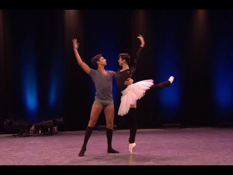 Watch: Insights into Kenneth MacMillan's <em>Anastasia</em>