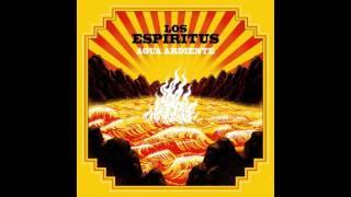 """Video thumbnail of """"Las Armas Las Carga El Diablo - Los Espíritus"""""""