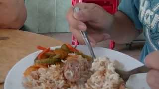 preview picture of video 'Chicken Rice, Restoran Hoi Sing, Ipoh Garden East, Food Hunt'