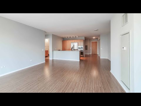A Streeterville -01 2-bedroom, 2-bath steps from the Mag Mile at Aston