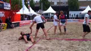 preview picture of video 'Rugby at beach Hengelo'