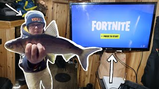 Catching FISH While Playing FORTNITE (Ice Fishing)