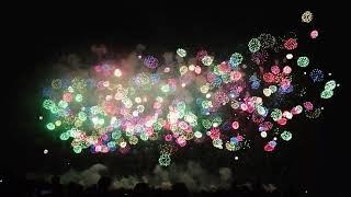 鴻巣花火大会終わりの鳳凰乱舞おおとり4尺玉