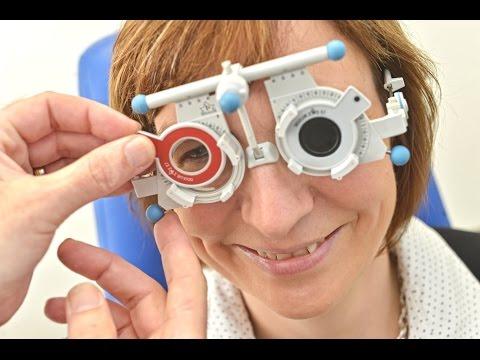 Востановление зрения операцией
