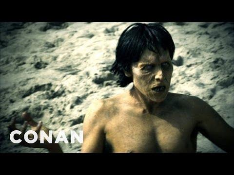Zombie ze seriálu Živí mrtví se bránit neumí