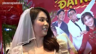 Mai Phương Thúy, Thu Trang, Tiến Luật, Hoàng Yến Chibi...rủ nhau đi ''ăn cưới'' Ngọc Trinh Diệu Nhi