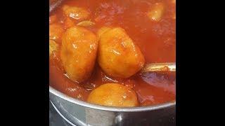 מתכון לקובה סולת מהמטבח העיראקי עם מלית בשר במרק עגבניות
