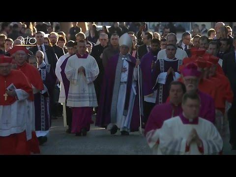 Procession et Messe des Cendres célébrée par le Pape François