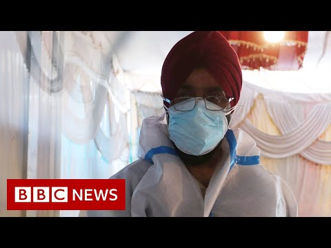 India's hospitals remain in urgent need of oxygen supplies - BBC News
