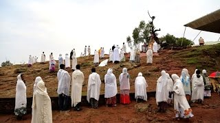 preview picture of video 'Christian Mass in Lalibela, a spiritual experience'