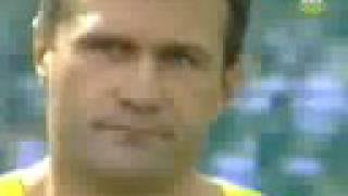 Virgilijus Alekna 67.79m - 3rd qualification round 2004 Olympics Men's Discus Throw