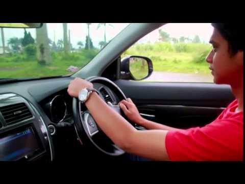 Mengulas Tampilan dan Fitur Mitsubishi Outlander Sport PX - Raja Mobil