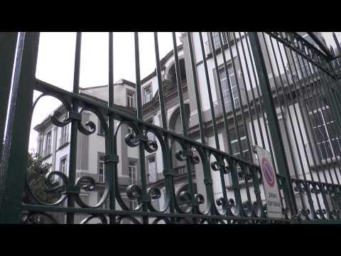 Il verme per consegnare la chilocaloria su uova in Simferopol