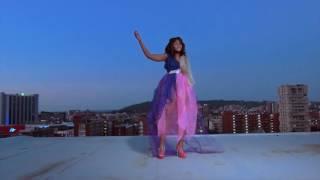 Dj Lady T ft Mangoli - Ngiyazifela (Full Video Length)