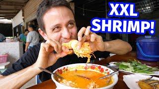 Giant SHRIMP BUTTER TOM YUM!! 🌶️  Spicy Thai Food in Phatthalung, Thailand!
