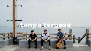 Download lagu Juicy Luicy Tanpa Tergesa Eclat Ft Luthfi Aulia Mp3