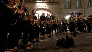 スイス発 ベルンのファスナハト・ブラスバンド4【スイス情報.com】