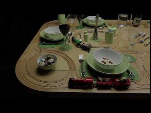 מי אמר שאסור לשחק עם האוכל?