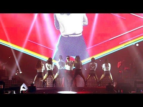 Live của PSY hoành tráng