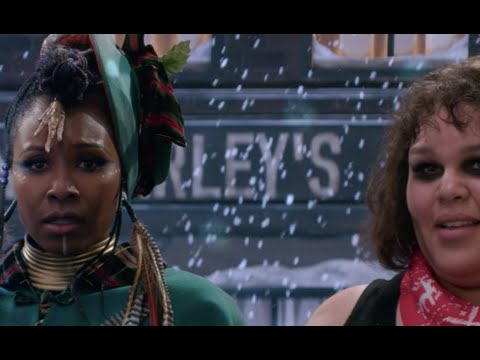 "GLOW Season 3 Episode 10 ""A Very GLOW Christmas"" 