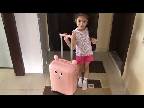 Xiaomi 18inch Lovely DIY Sticker Suitcase for Kids [Pink] Unboxing & Review