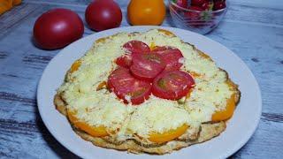 Куриный фарш+кабачки+помидоры все просто и очень вкусно.