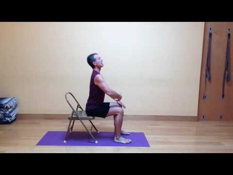 La causa del dolore nel quadrante in alto a destra della schiena