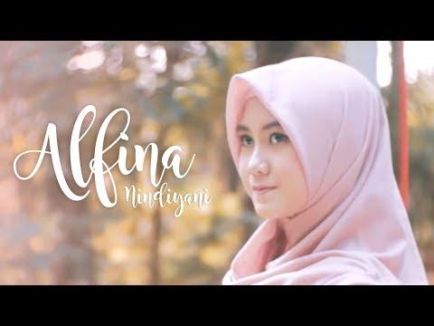 Alfina Nindiyani - Law Kana Bainanal Habib (Official Music Video)