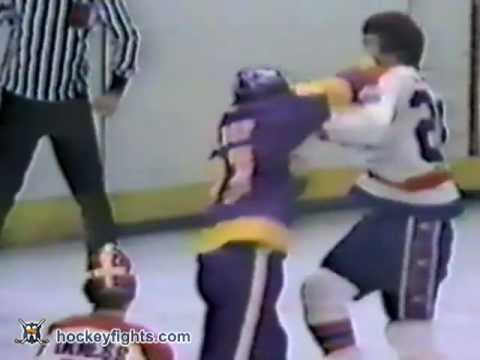 Glenn Goldup vs Gord Lane