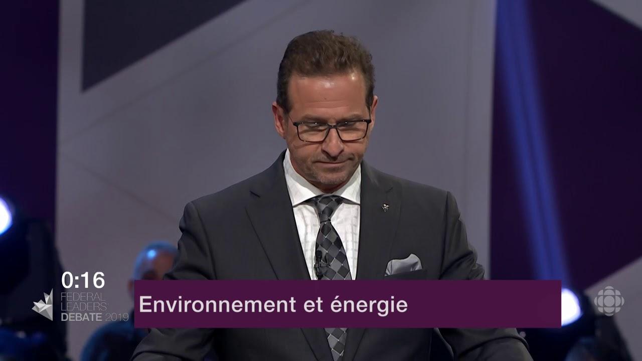 Yves-François Blanchet répond à une question d'un citoyen sur le changement climatique