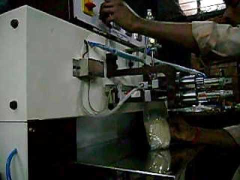 Vertical Vacuum Nitrogen Flushing & Sealing Machine