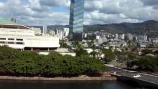 preview picture of video 'More tsunami sirens blaring 2-27-10 Waikiki'