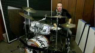 Plexisklo před bicí - recenze Jakub Dominik, Kryštof