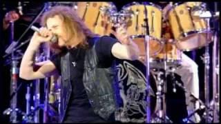 BRIAN MAY (Queen), TONY IOMMI & JAMES HETFIELD (Metallica) - Stone Cold Crazy