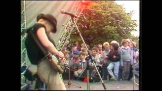 The Armoury Show - New York City (Live 1987 It's Wicked, BBC Children's TV)