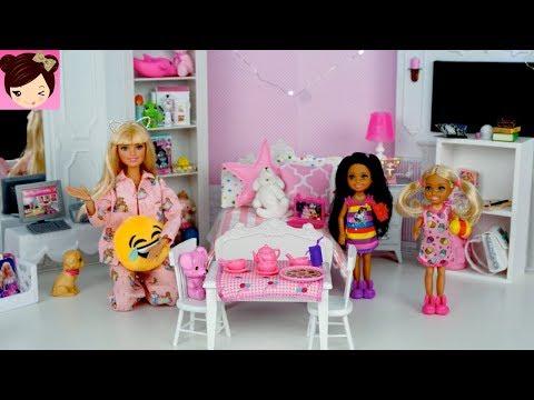 Barbie Chelsea Evening Routine Pink Bedroom Sleep Over - Pajama Party