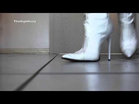 Meine weißen Stiefeletten - My white ankle boots