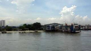 preview picture of video 'Penang Ferry Boat Georgetown to Butterworth'