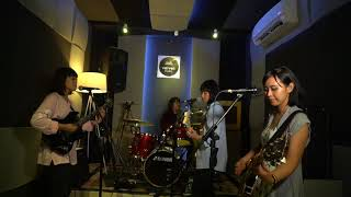 Burung Kakak Tua (cover )- Flower Girls (tribute To Dara Puspita) @velvet_pejaten Studio 2