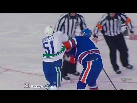 Steve Pinizzotto vs. Derek Dorsett