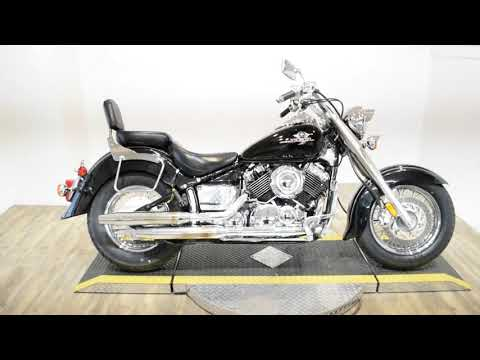 1998 Yamaha XVS650AK V-Star Classic in Wauconda, Illinois - Video 1