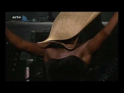 Grace Jones - Williams Blood -  Live AVO Session