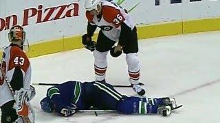 Смотреть онлайн Топ-10 длинных остановок в игре за всю историю НХЛ